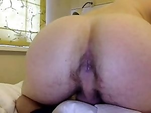 Handsome Boy Cums On Cam, Great Bubble Ass On Doggy