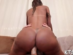 Shemale enjoys cock in her booty