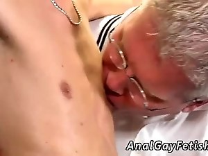 Free old gay porn small movie Mark is such a luxurious youthful man it s