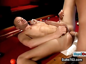 Hairy dude gets cock sucked by hardonjob