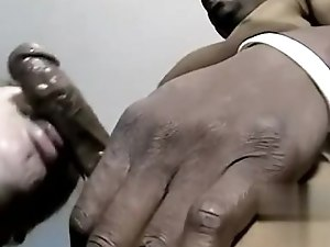 Amateur young boy fucked by old man gay Hung Bi Guy Dee Gets Some Cock