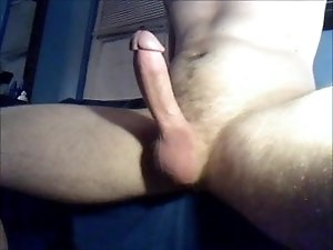 dude goes from soft to hard and cum hands free
